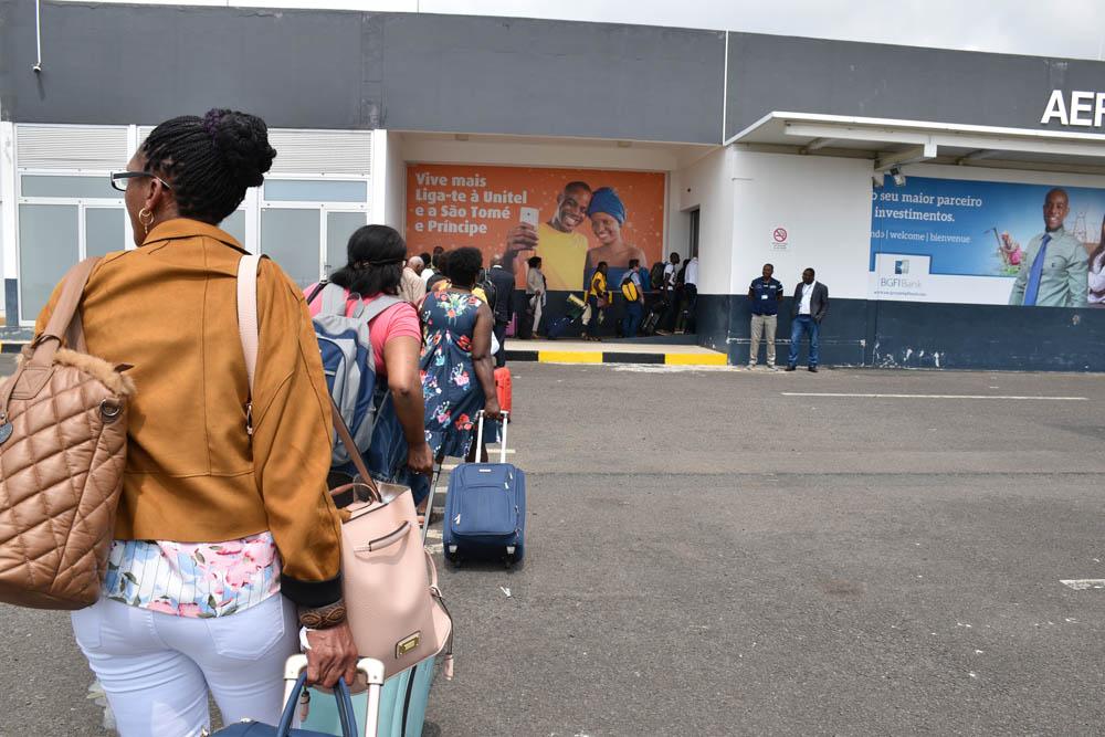 Escola Primária mochila Meninos e Meninas de 6 12 anos de idade Crianças Bag Peso Redução Backpack Campus estilo britânico nas Lojas